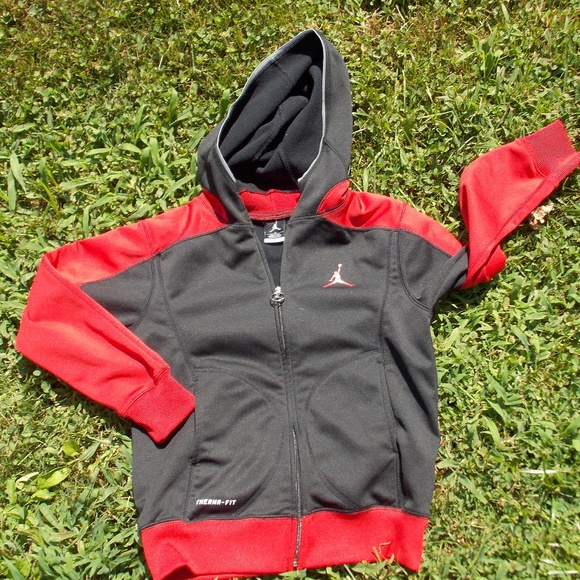 82ade7d7717791 Nike Jordan Youth Boys Hoodie Jacket Size Small. M 5b86e93d45c8b3633748a3f5